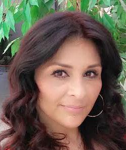 Juanita Flores